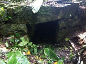 Parte da estrutura do canal que abastecia a mineração